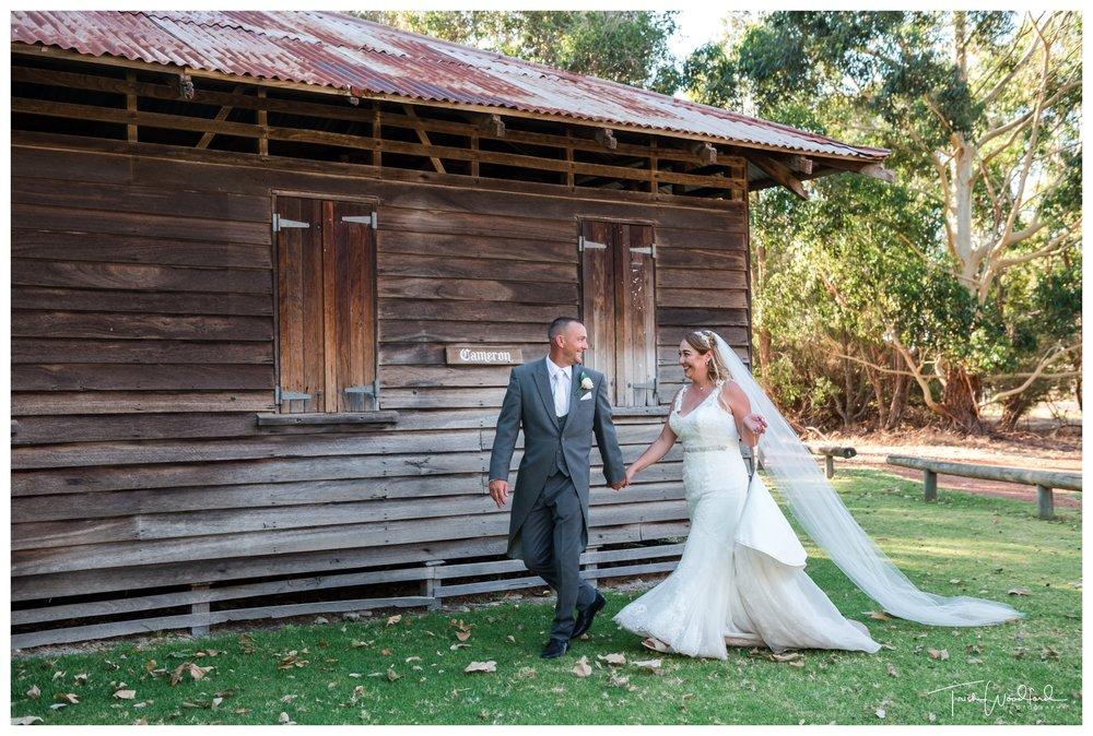 Bride and Groom Fairbridge Village