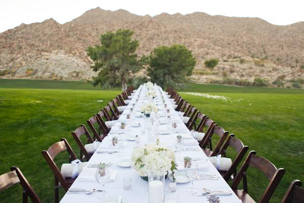 Simple-Elegant-White-Wedding-Ideas-1.jpg
