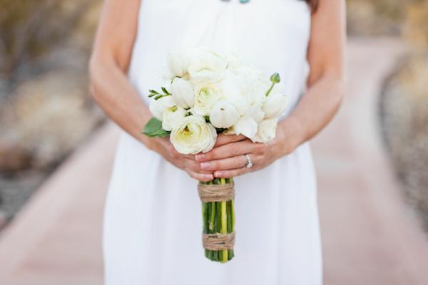 White-Bride-Bouquet.jpg