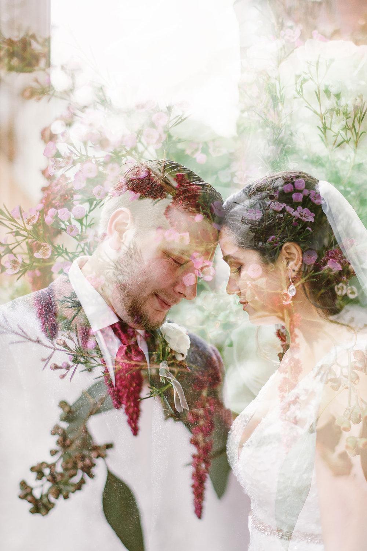 SarahMattozziPhotography-EmilyColin-LindenRowInnWedding-Portraits-36.jpg