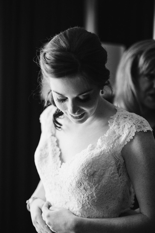 SarahMattozziPhotography-CapitolHillWedding-GettingReady-21.jpg