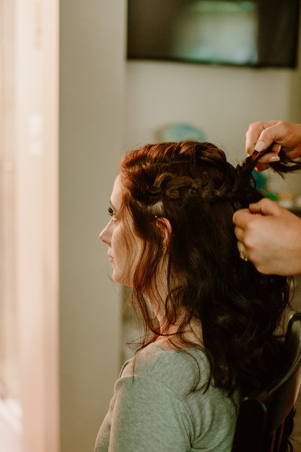 SarahMattozziPhotography-HarbourViewEvents-GettingReady-8.jpg