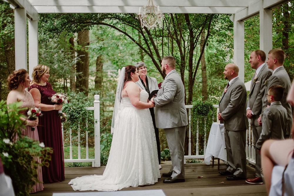 SarahMattozziPhotography-NicoleChris-GlenGardens-Ceremony-14.jpg