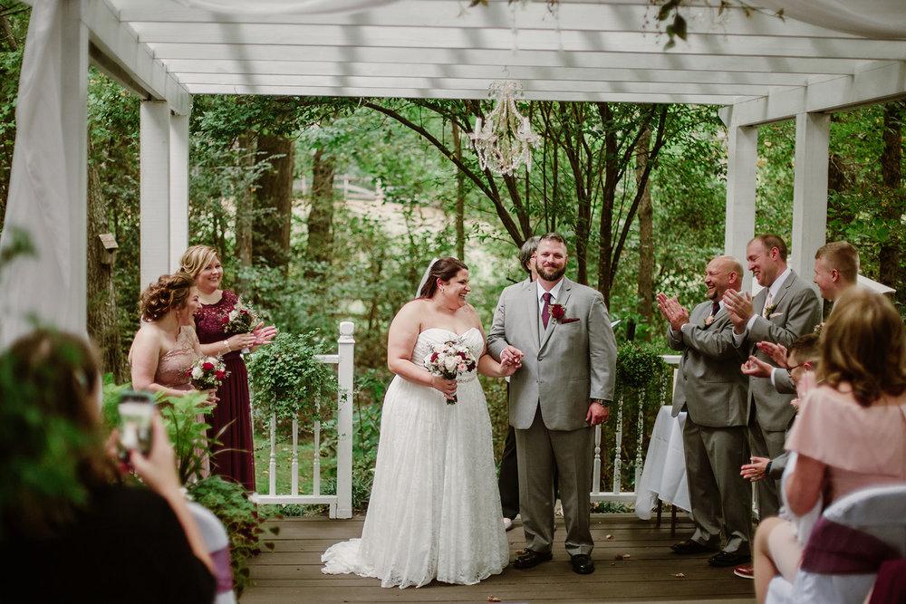SarahMattozziPhotography-NicoleChris-GlenGardens-Ceremony-16.jpg