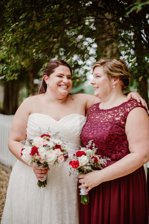 SarahMattozziPhotography-NicoleChris-GlenGardens-WeddingParty-5.jpg