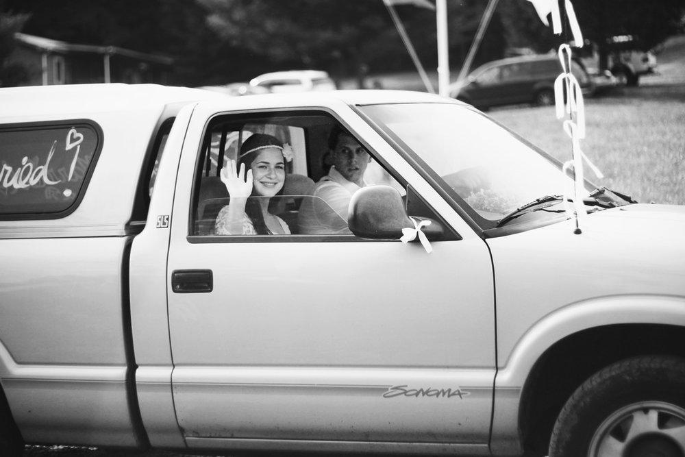 SarahMattozziPhotography-ShenandoahSpringsWedding-Virginia-127.jpg