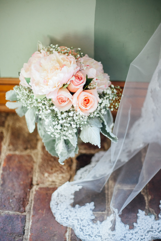 SarahMattozziPhotography-KingsCharter-Wedding-3.jpg