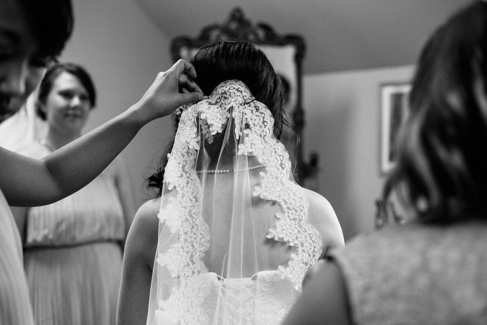 SarahMattozziPhotography-KingsCharter-Wedding-10.jpg