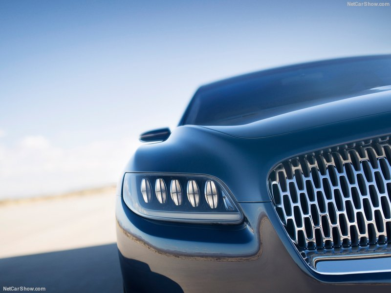 Lincoln-Continental_Concept_2015_800x600_wallpaper_09.jpg