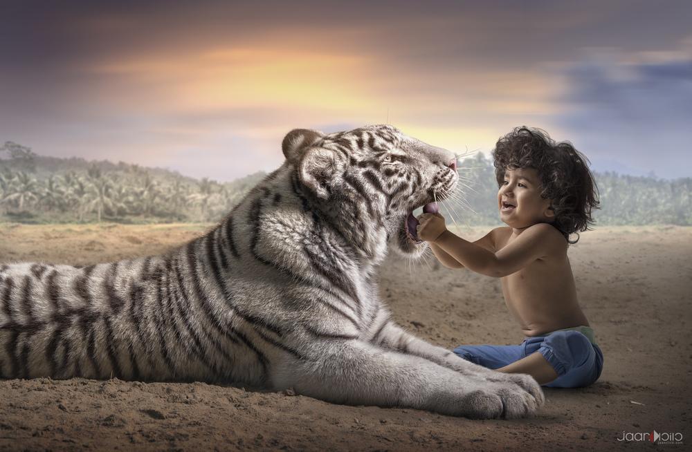 ziyad and tiger.jpg