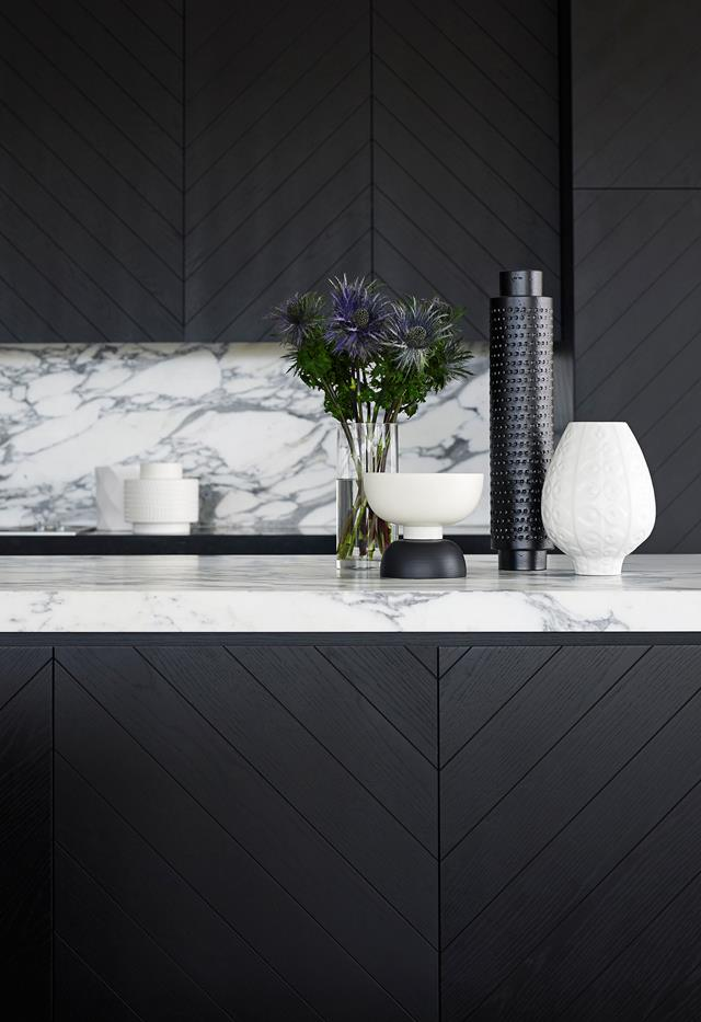 marble black kitchen.jpg