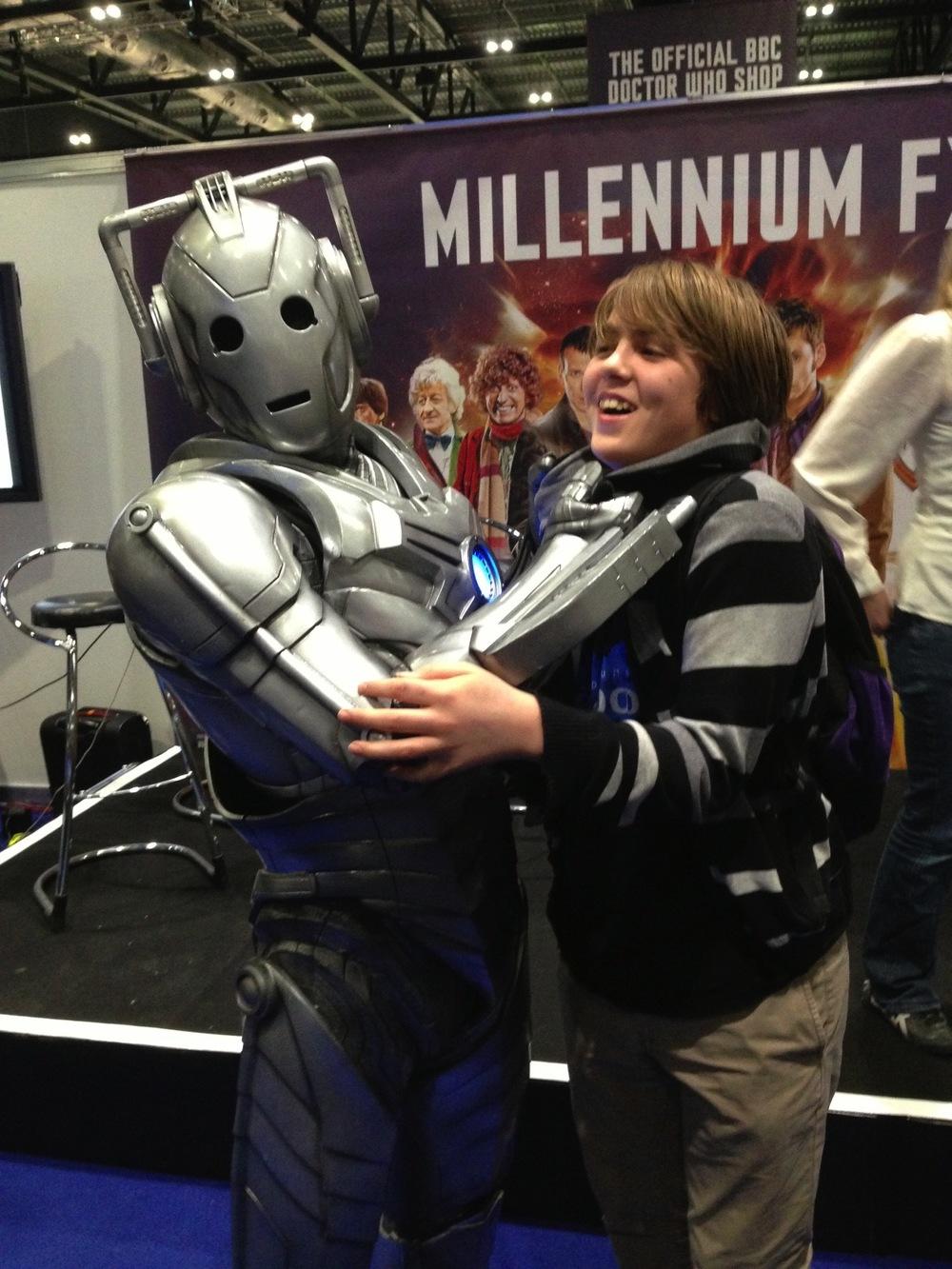 A Cyberman greets Ben...