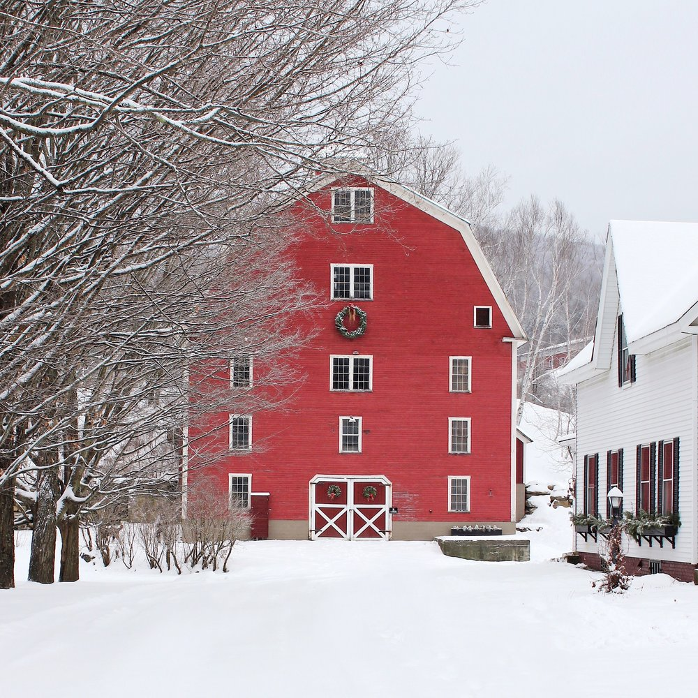 woodstock vermont barn snow