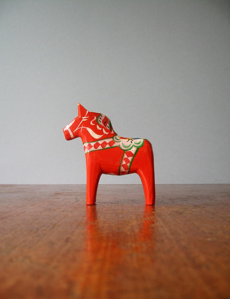 See, you can even get a souvenir fridge magnet from Sweden's beloved Dala horse!