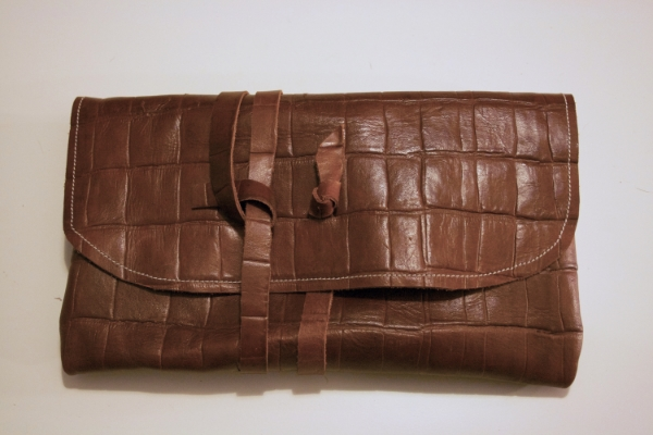 Croc Wrap Clutch - NestingDoll.