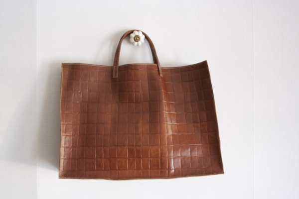 Brown Croc Tote - NestingDoll.