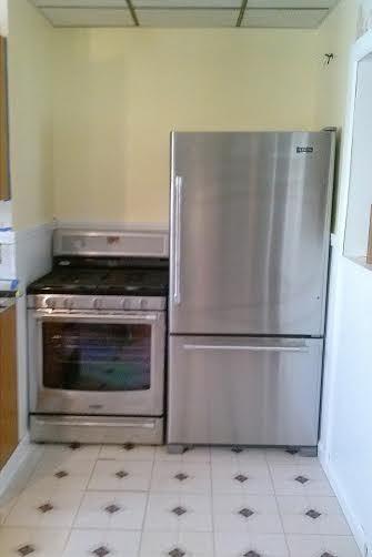AND brand new appliances!  Feels so grown up.