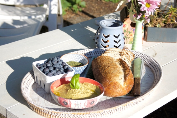 NestingDoll's Cashew 'Cheese' perfect picnic spread!
