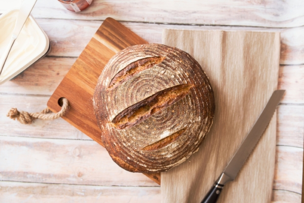 Zero Waste: 5 Tips to Avoid Food Waste -Keep Bread in the Fridge -