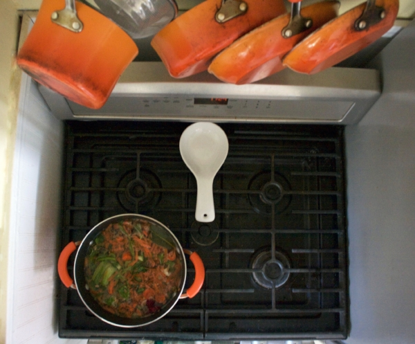 Zero Waste: 5 Tips to Avoid Food Waste - Veggie Stock from Scraps -