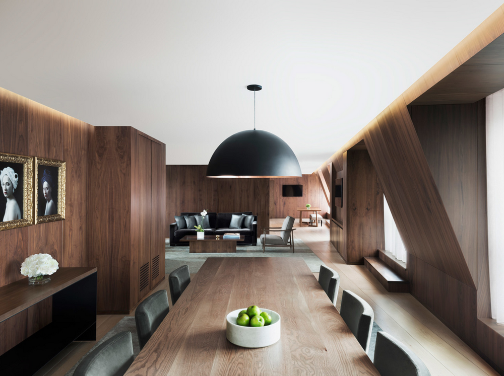 Stunning dining room, oversize pendant, open floorplan.