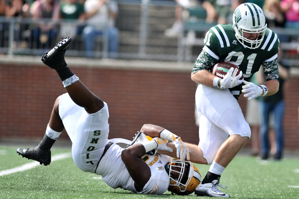 Ohio Bobcats tight end Keith Heitzman runs the ball during the Bobcats' game against Southeastern Louisiana University on September 19, 2015, at Peden Stadium in Athens, Ohio.