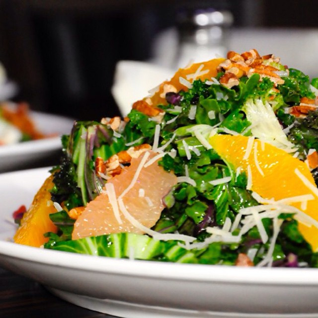 Rainy day kale salad anyone? #kale #chicago #monday #lunch