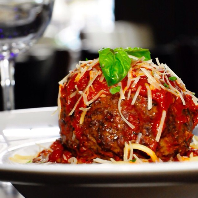 Ok ok we know it's beginning to feel like summer meaning swimsuit season is right around the corner but we simply couldn't pass up this homemade meatball over a bed of spaghetti, so delicious! #chicagofoodauthority #meatball #chicagofood #eeeeeats