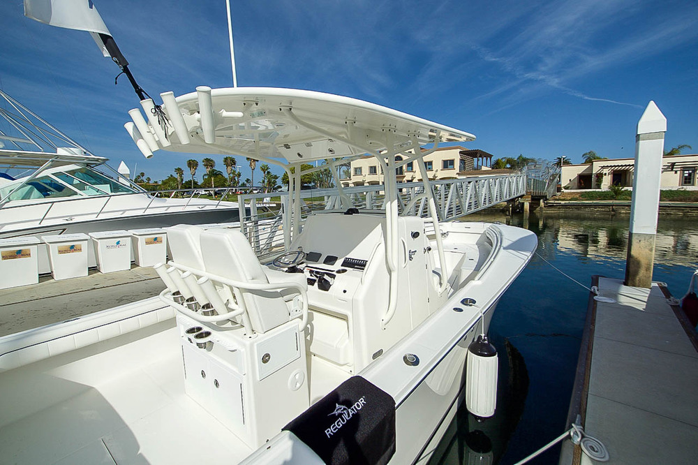 Regulator 28 Center Console Fishing Boat For Sale by Kusler Yachts