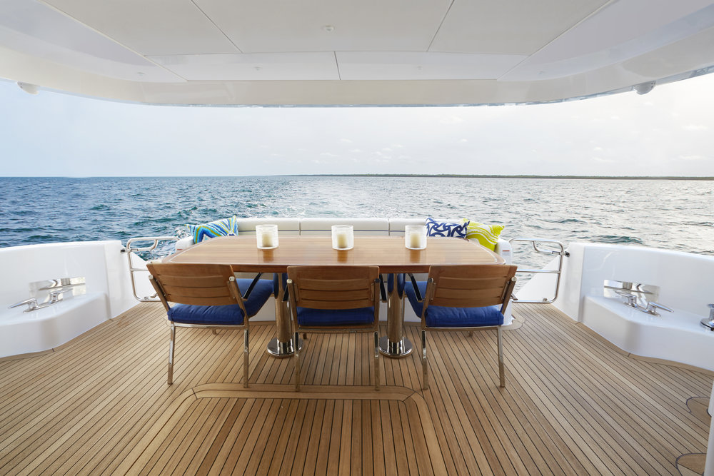 Alfresco dining Hatteras 70 Motor Yacht for sale by Kusler Yachts California Hatteras Dealer