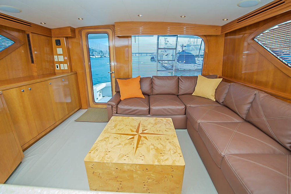 Hatteras 60 Convertible for sale by Kusler Yachts