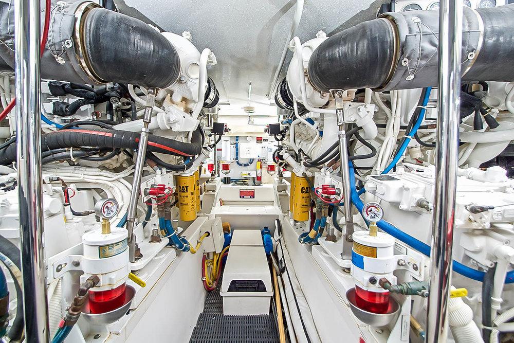Engine Room View Hatteras Yachts 60 Flybridge