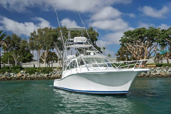 41' Luhrs Express for sale by Kusler Yachts San Diego Yacht Brokers