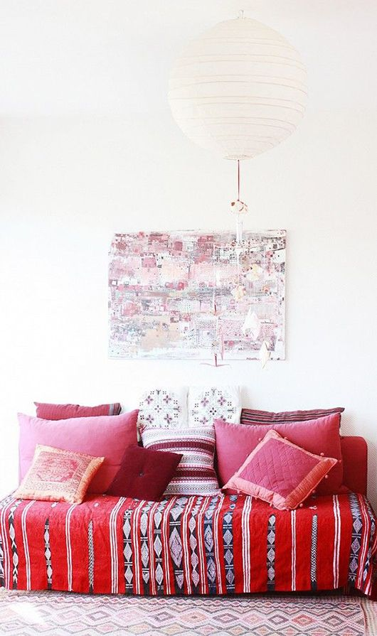 Red and white done right! Check this out for some beautiful red interior inspiration.