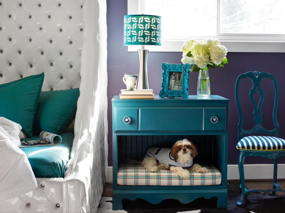 Nightstand styling tips and tricks!