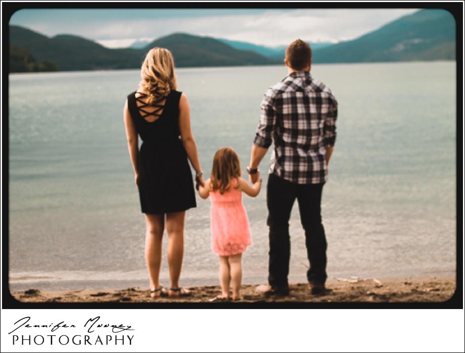 Jennifer_Mooney_Photography_flathead_engagment_session_romantic_familyJennifer_Mooney_Photo_engagement_schmidt_072.jpg