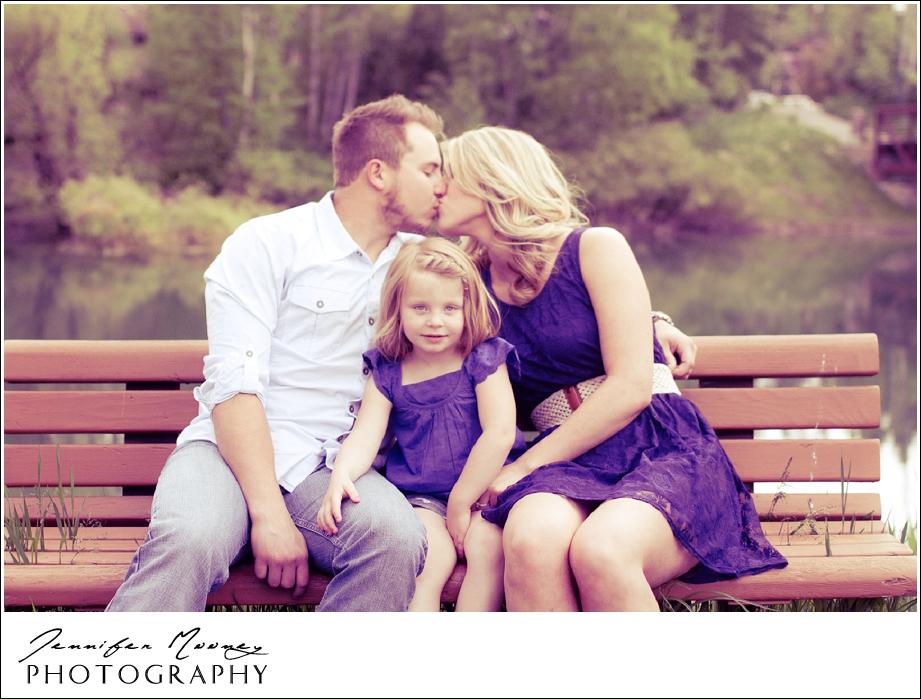 Jennifer_Mooney_Photography_flathead_engagment_session_romantic_familyJennifer_Mooney_Photo_engagement_schmidt_079.jpg