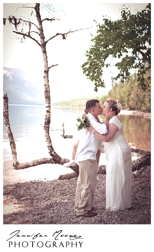 Jennifer_Mooney_Photo_wedding_glacier_national_park_vow_renewals_10_year_anniversary_porter_297.jpg
