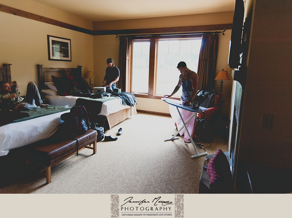 Jennifer_Mooney_Photo_whitefish_lodge_wedding_occhialini_00009.jpg