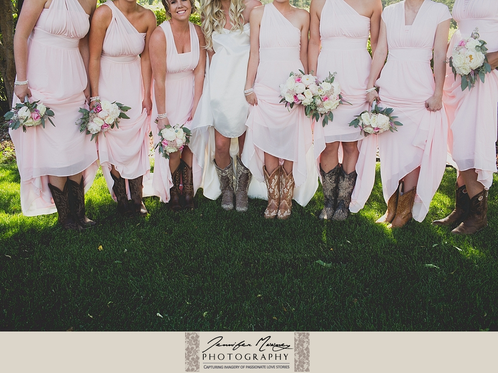 Jennifer_Mooney_Photo_gardner_hatton_ranch_classy_elegant_montana_wedding_00070.jpg