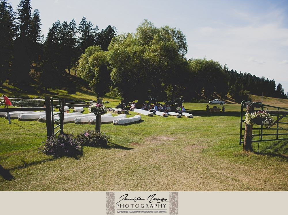 Jennifer_Mooney_Photo_gardner_hatton_ranch_classy_elegant_montana_wedding_00082.jpg