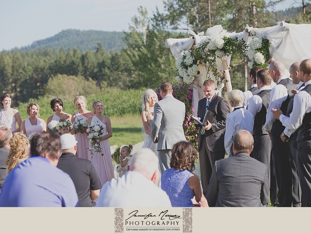 Jennifer_Mooney_Photo_gardner_hatton_ranch_classy_elegant_montana_wedding_00117.jpg