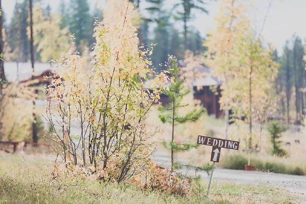 Jennifer_Mooney_Photo_glacier_park_wedding_Beargrass_florals_fall_wedding_elegant_montana_destination_velvet_bride_katie_may_dress_verona_gown_00002.jpg