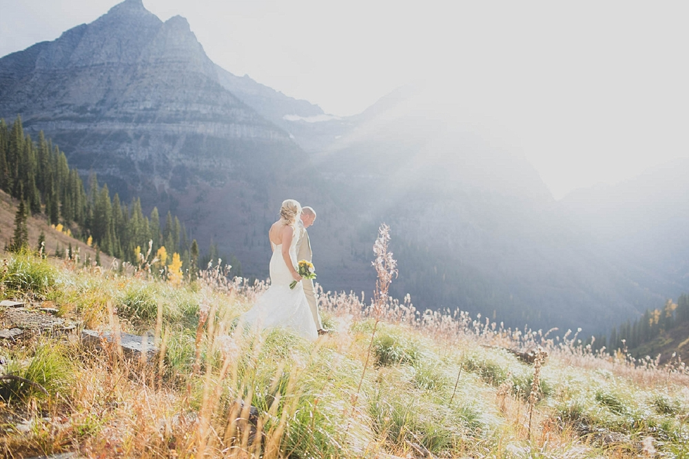 Jennifer_Mooney_photo_day_after_session_glacier_park_elegant_wedding_bride_groom_destination_-38.jpg