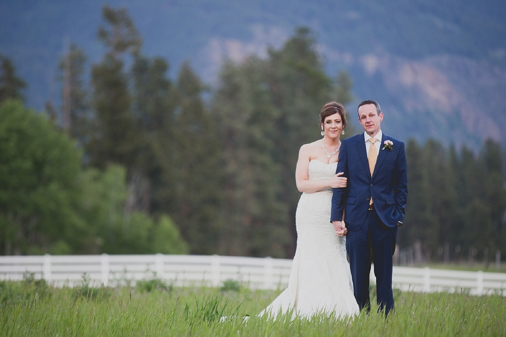Jennifer_Mooney_Photo_Maggie_Ryan_Glacier_Mountain_Lodge_Spring_Wedding_Intimate_Elegance_Montana_00138.jpg