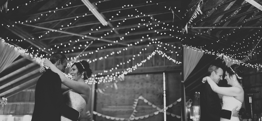 Jennifer_Mooney_Photo_Maggie_Ryan_Glacier_Mountain_Lodge_Spring_Wedding_Intimate_Elegance_Montana_00169.jpg