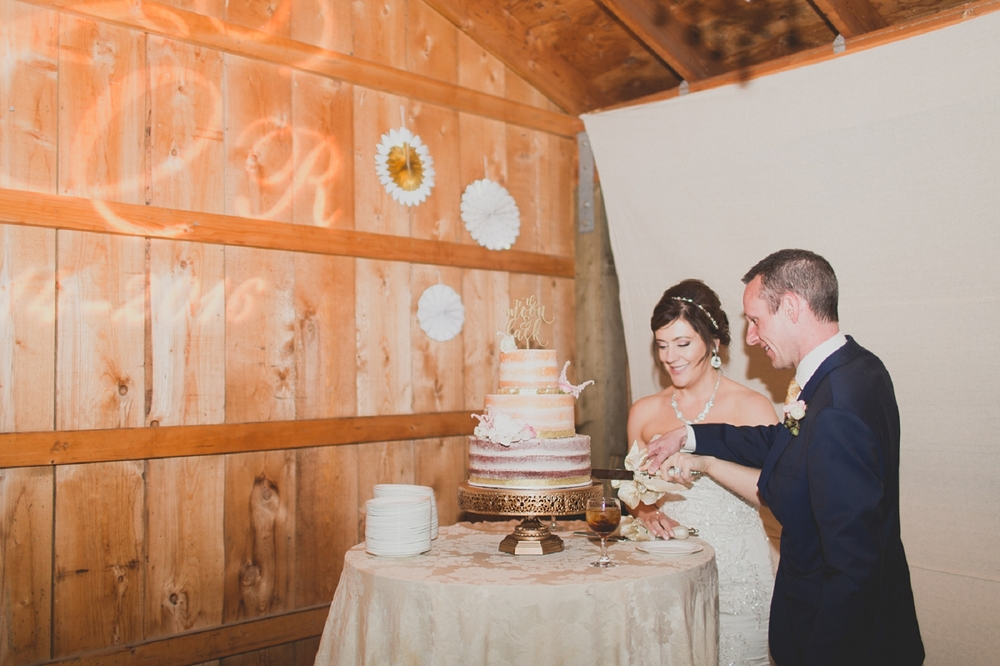 Jennifer_Mooney_Photo_Maggie_Ryan_Glacier_Mountain_Lodge_Spring_Wedding_Intimate_Elegance_Montana_00261.jpg