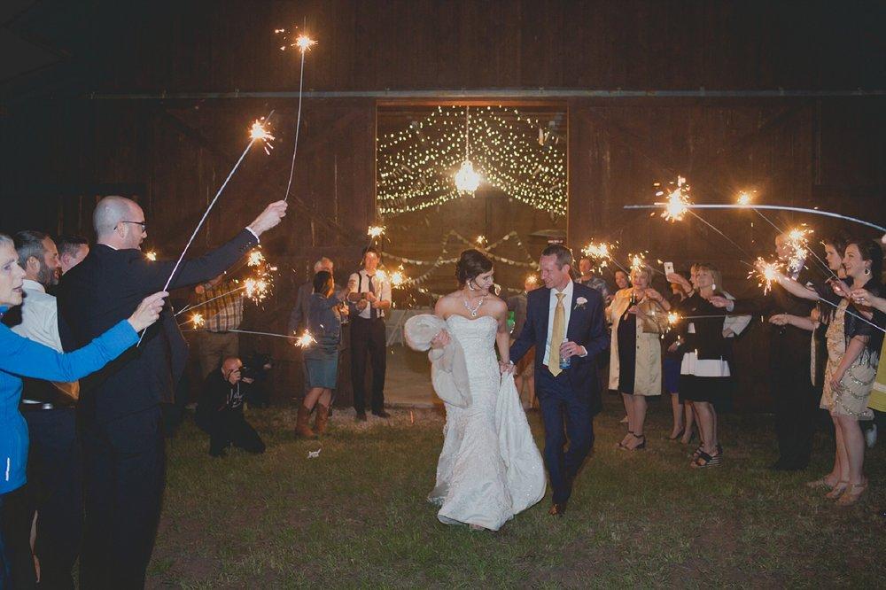 Jennifer_Mooney_Photo_wedding_whitefish_kalispell_montana_wedding_photographer_vintage_diamond_b_weddings_rustic_wedding_258.jpg