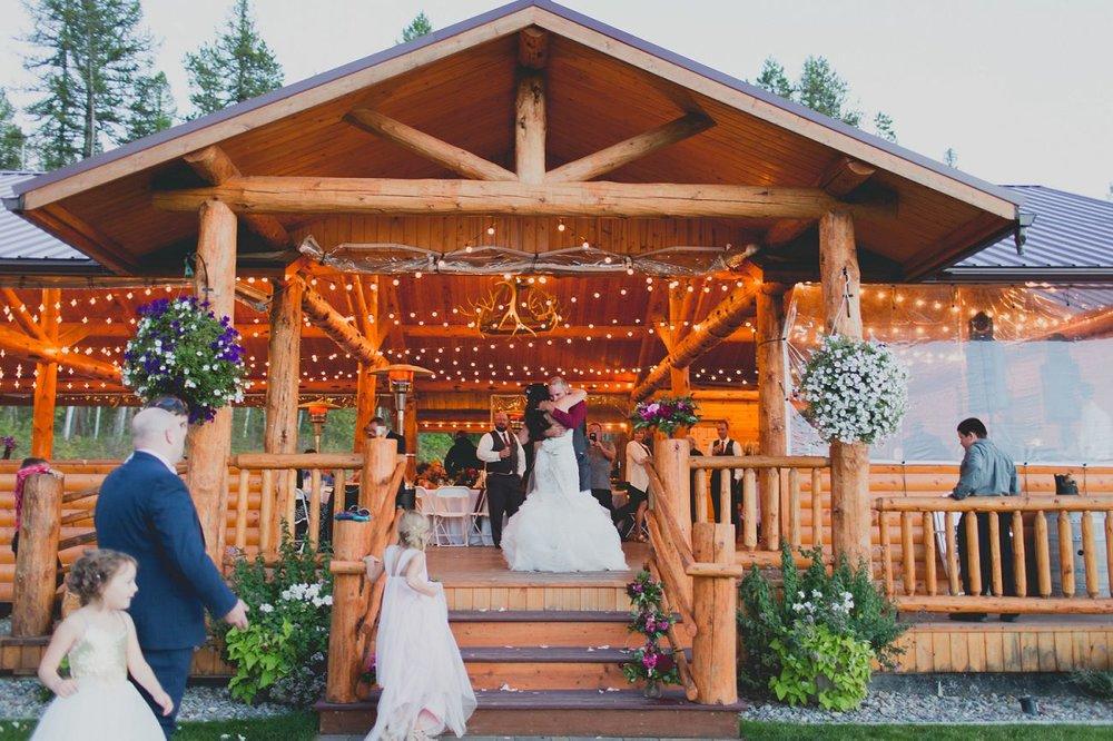 Jennifer_Mooney_Photo_Stone_wedding_00150.jpg