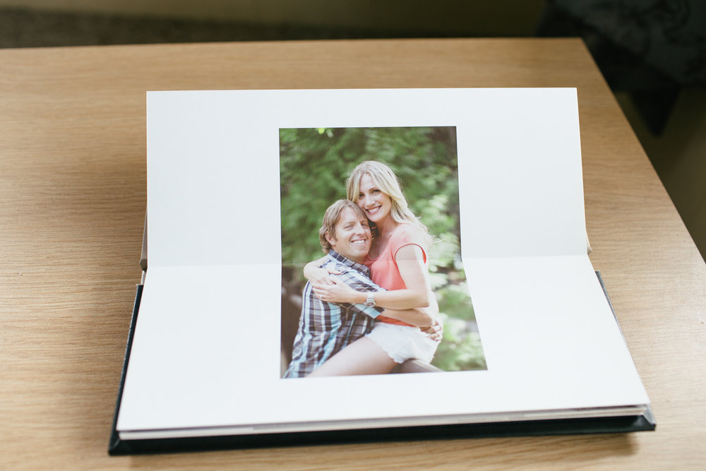 Jennifer_Mooney_Photo_Engagement_Guestbook_00007.jpg